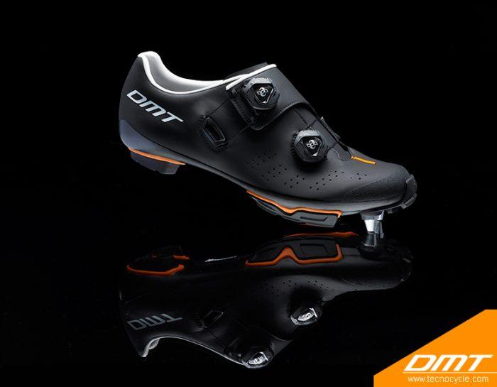 DM1 black