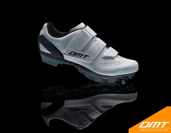 DM6 White