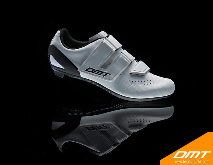 D6 White